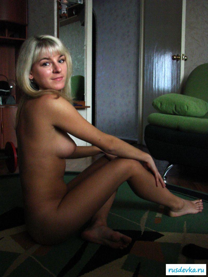 Глубокий минет и анал с проституткой тёлочка